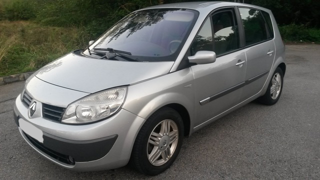 RENAULT SCÉNIC 1. 9 DCI – 7 personas